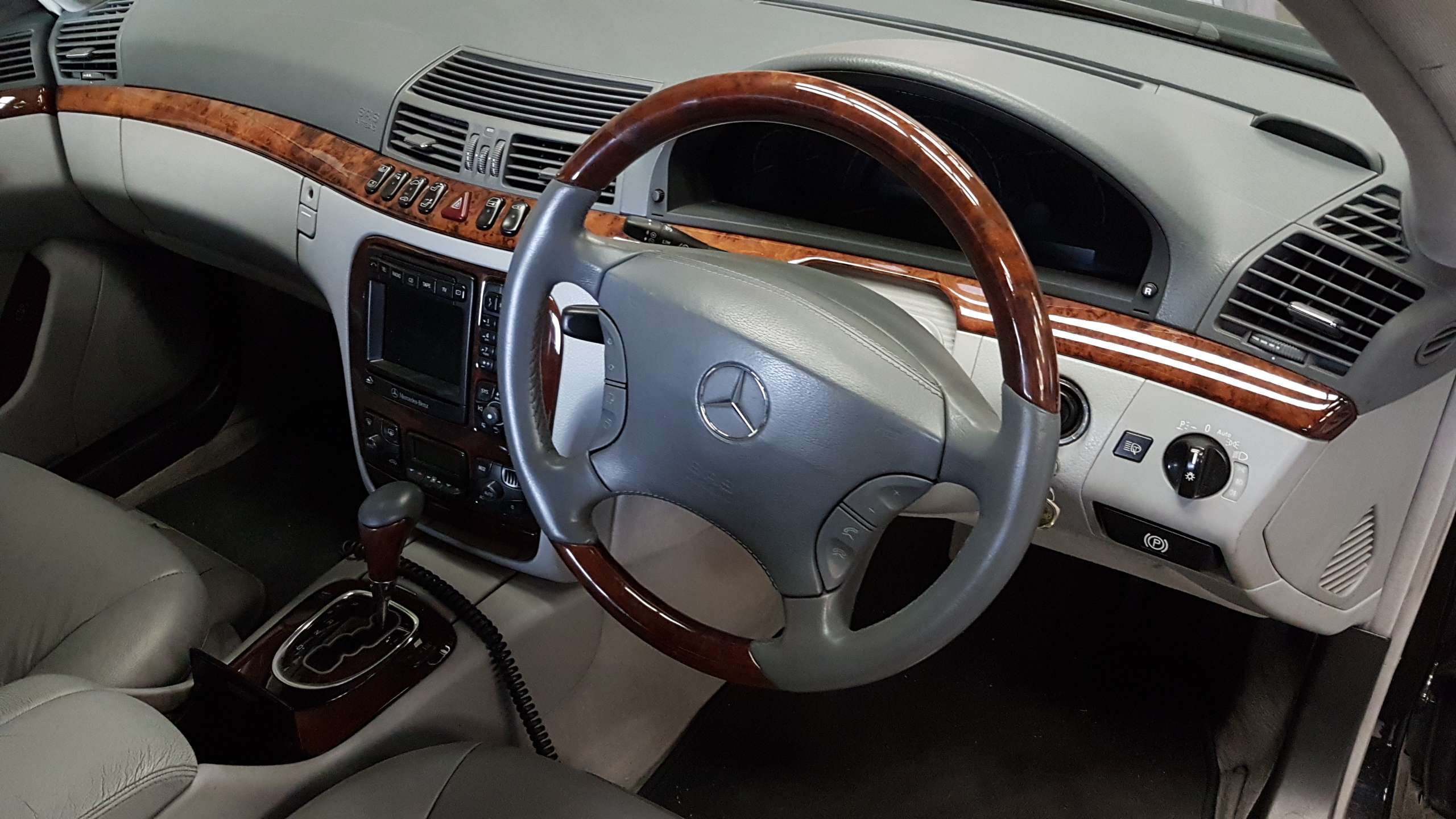 Mercedes S Class Steering Wheel Restored